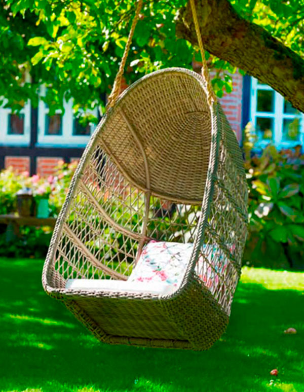 evelyn-swing-traditional-patio-furniture-and-outdoor-furniture_st