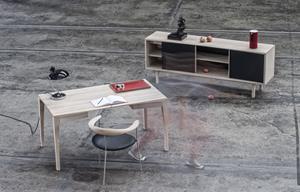 Matz_desk_sideboard_lowres