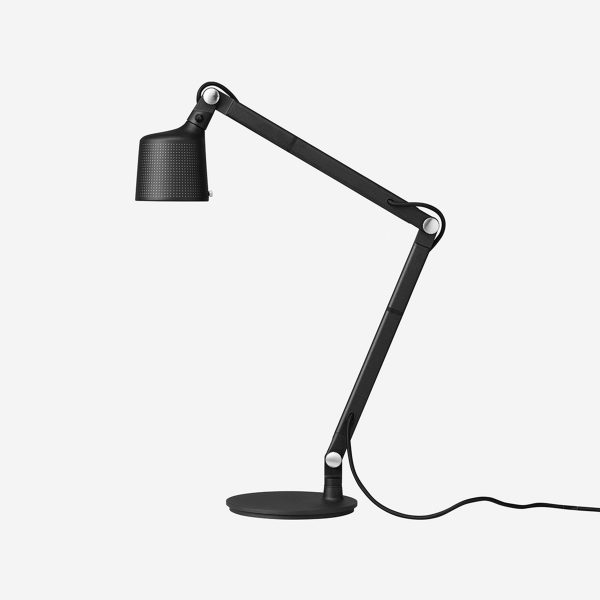 xvipp-521-table-lamp-3_jpg_pagespeed_ic_iVIty0ZN6z