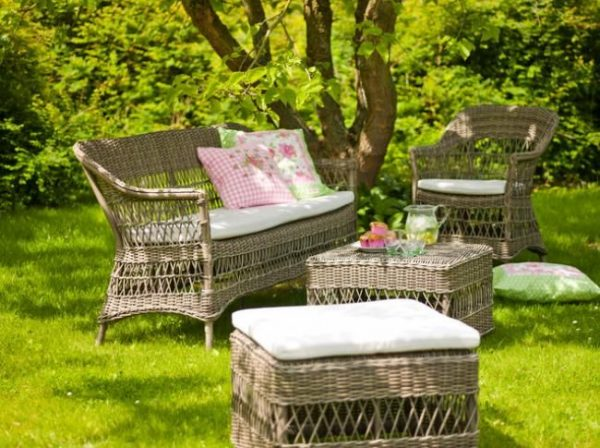 anna-food-stool-traditional-patio-furniture-and-outdoor-furniture_st